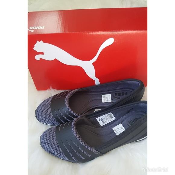 Women s Puma  Asha Alt 2  Slip on Sneakers. M 5a4d329850687ca30b0211d2 db8d88e6e